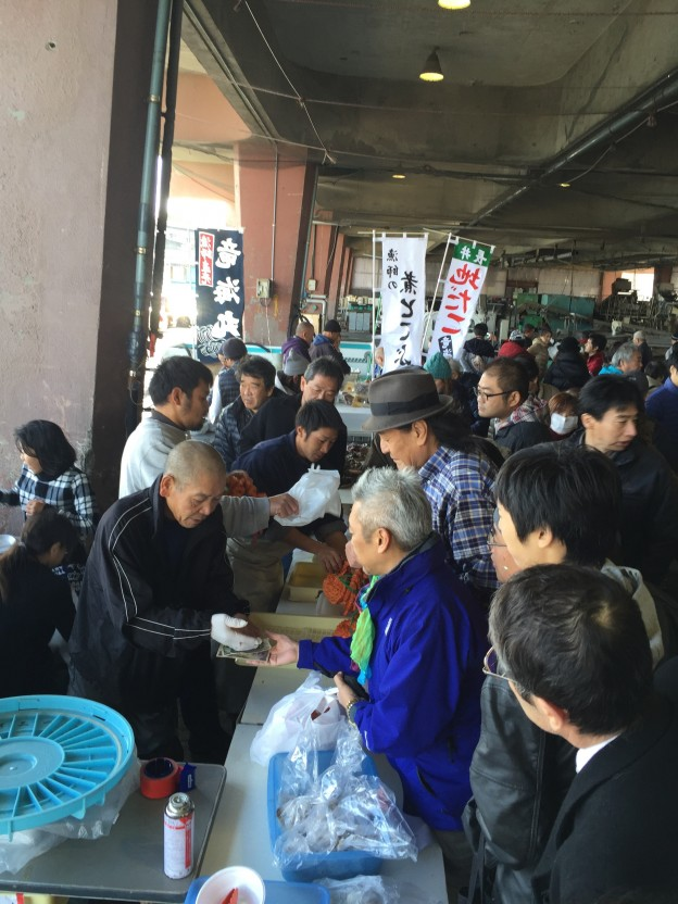 """12/12 長井ならではの""""おもてなし""""。長井の朝市!"""